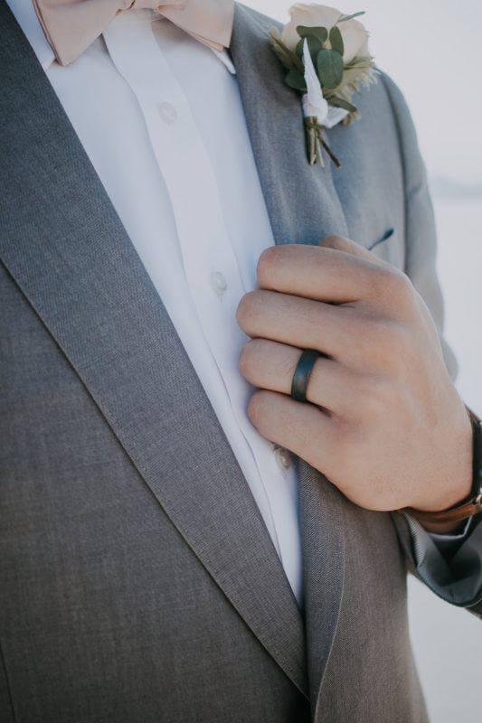 Сколько стоит обручальное кольца и какое выбрать?